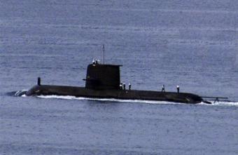 английская подводная лодка столкнулась