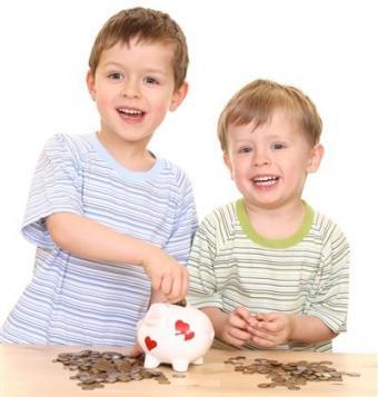 Сроки выплаты детских пособий при уходе за ребенком до 1.5 лет.